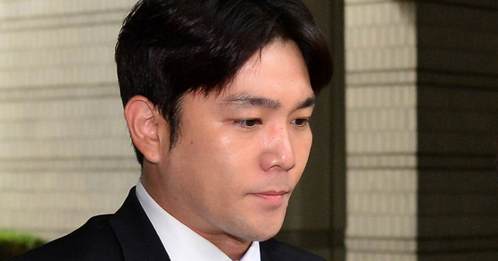 Super Junior member Kangin on allegations of dating violence against his girlfriend while intoxicated.