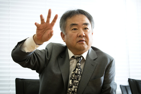 송재호 위원장은 문재인 정부의 균형발전 정책은 참여정부의 분산·분권·분업의 가치에 '사람'을 더해 사람이 살고 싶은 지역을 만드는 것이라고 했다. [장진영 기자]