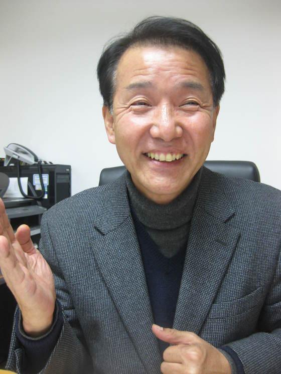 김두연 한꿈학교 교장. 전익진 기자