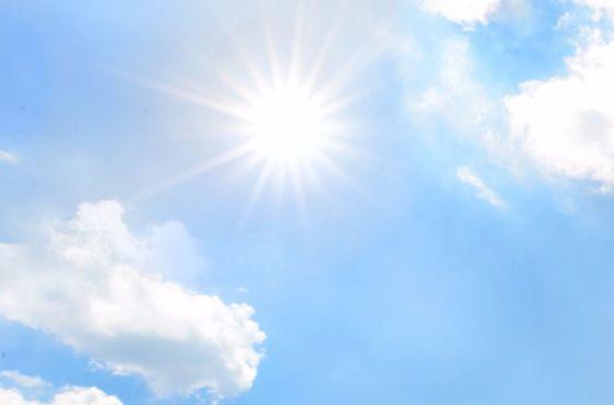 자외선을 오래 쬐면 스트레스호르몬이 만들어져 기억력을 감퇴시킨다는 연구 결과가 나왔다. [중앙포토]