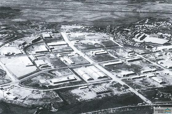 구로공단 지역의 1960년대 모습. [중앙포토]