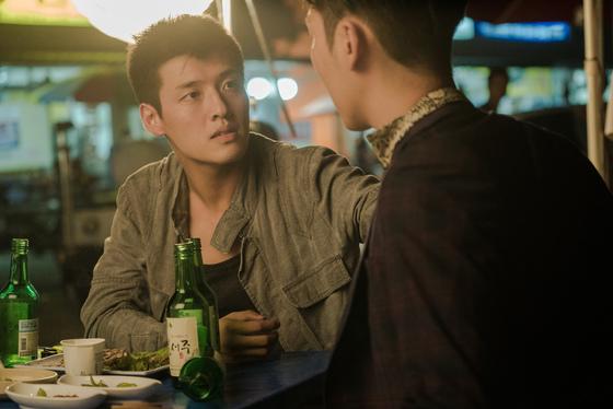 익산 약촌오거리 택시기사 살인사건을 모티브로 한 영화 '재심'의 한 장면. [사진 영화사]
