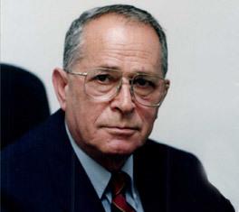 6대 모사드 국장 나훔 아드모니(1982~89년). 1948년 아랍-이스라엘 전쟁에 참전했으며 군정보기관에서 근무하다 모사드 부국장을 거쳐 국장이 됐다. 재임 중 이스라엘이 미국 상대로 첩보활동 벌인 '조내선 폴라드 사건'이 터지고 '이스라엘 핵개발 프로그램'이 내부 고발자에 의해 폭로되는 등 '고난의 시절' 묵묵히 이겨냈다. 모사드에도 고난의 계절은 있었다. [출처=모사드 홈페이지]