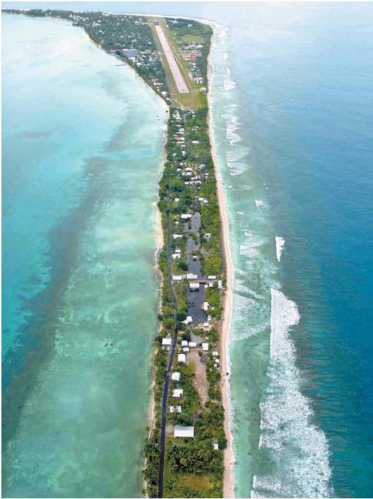 남태평양의 섬나라 투발루 등은 지구온난화에 따른 해수면 상승으로 물에 잠길 위기에 처해 있다. [AP=뉴시스]