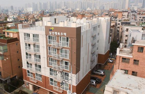 대학생 등 젊은층에 공급된 서울 송파구 삼전지구 행복주택.