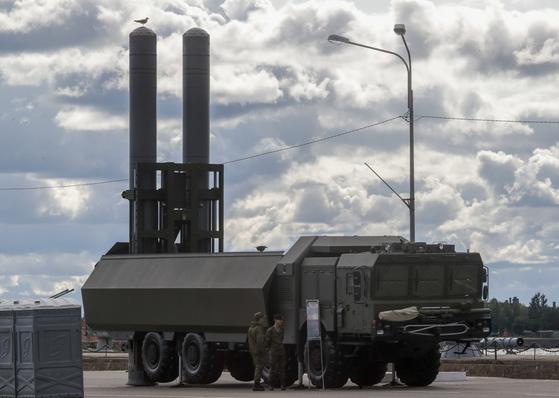 러시아군이 쿠릴열도 방어를 위해 배치할 예정인 바스티언-P 지대함 미사일. [AP=연합뉴스]