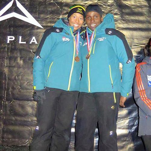 지난 1월 북아메리카컵에서 사상 처음 동메달을 딴 빅토리언(왼쪽)과 러셀. [사진 자메이카봅슬레이협회]