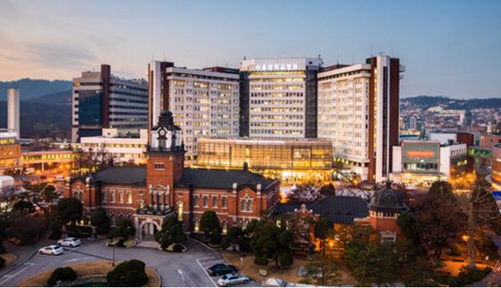 서울대병원 전경.[중앙포토]