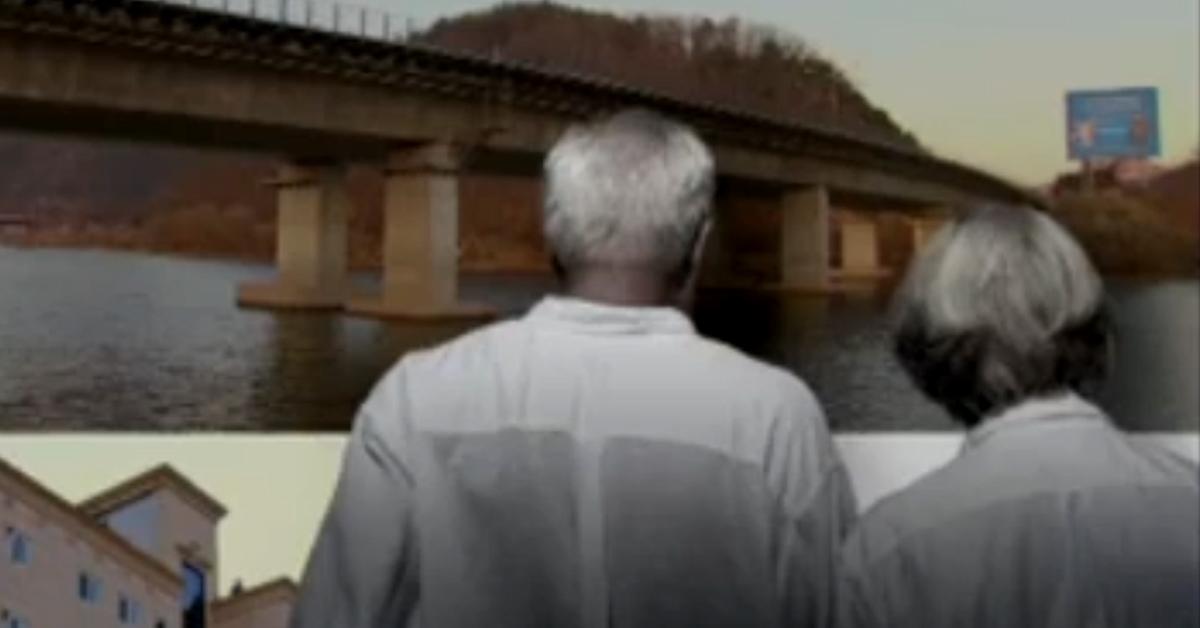 노부모를 강변에 버려 자살하게 한 딸과 종교단체의 교주가 구속기소됐다. [중앙포토]