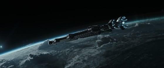 영화 프로메테우스에서 인간을 창조한 외계문명 '엔지니어'의 행성을 찾아가는 우주탐사선 프로메테우스호. [영화 프로메테우스]