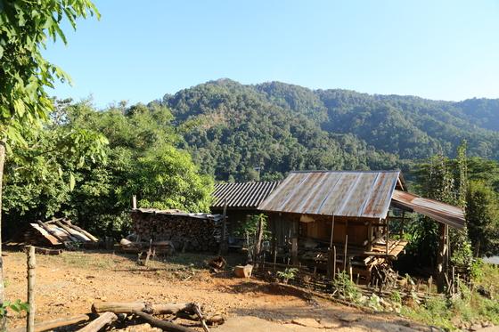 몽족과 라후족이 살고 있는 방큐캄 마을.