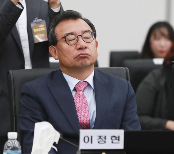 지난 10월 16일 국회 국방위 국정감사에 참석한 이정현 의원. 임현동 기자