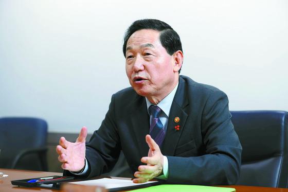 김상곤 사회부총리 겸 교육부 장관. [중앙포토]