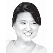 유니 홍 한국계 미국인 저널리스트