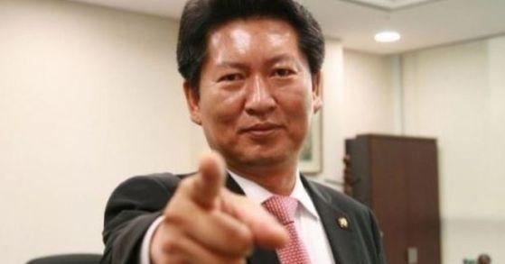 정청래 전 더불어민주당 의원이 20일 안철수 국민의당 대표의 통합 전제 전당원 투표 제안과 관련해 쓴소리를 했다. [사진 정청래 전 의원 트위터