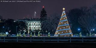 미국 백악관 앞에 들어선 성탄 트리와 주변 야경. [flickr Michael Lee]