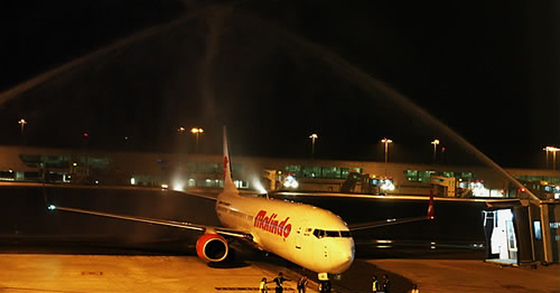 2014년 5월 2일 말레이시아 쿠알라룸푸르 국제공항에 인도네시아 저가항공사인 라이온에어의 말레이시아 자회사인 말린도에어 소속 여객기가 주기돼 있다. [EPA=연합뉴스 자료사진]