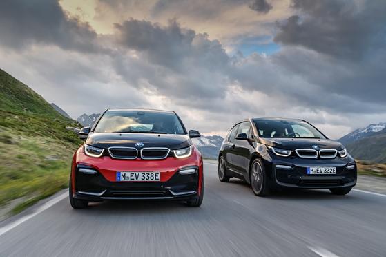 BMW 2세대 i3s와 i3. [사진 BMW]