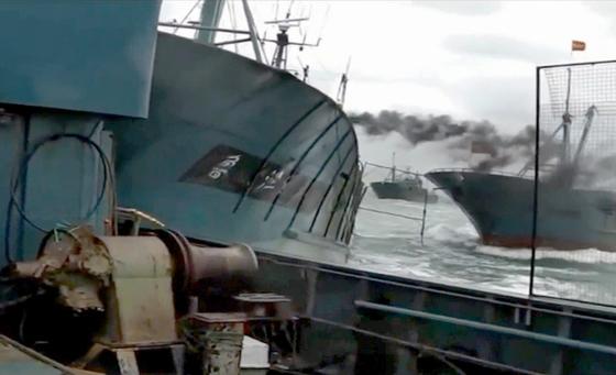 해경, 중국 어선에 실탄 400발 경고사격