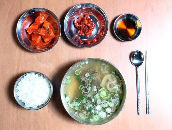 서양 요리 전문가들이 만든 한식 '곰탕집', 뭐가 다를까