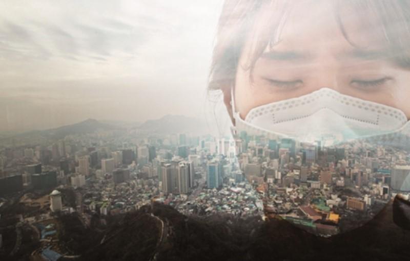 스모그로 뒤덮인 서울. 대도시 서울과 청정지역으로 알려진 제주시의 미세먼지 연 평균치가 최근 비슷하게 측정될 정도로 중국에서 날아오는 대기오염물질의 영향이 커지고 있다. [사진 중앙포토]