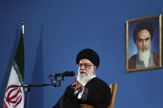 이란의 최고지도자인 알리 하메네이. [AP=연합뉴스]