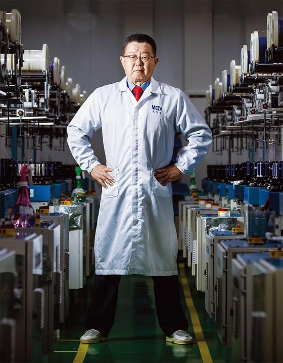 생분해성 봉합원사(수술용 녹는 실)는 전 세계 7개 기업만 생산할 정도로 고난도 기술을 요한다.