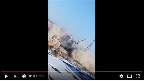 중국 당국의 폭파로 교회가 무너지는 모습. [캡쳐 유튜브영상]