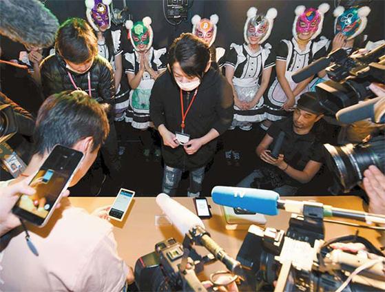 일본 걸그룹 '가상화폐'