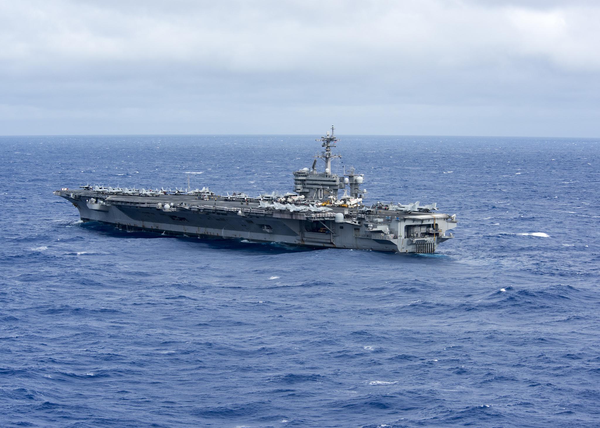 남중국해에서 작전 중인 미 해군의 니미츠급 핵항모 칼빈슨함(CVN-70). [사진 미 해군]