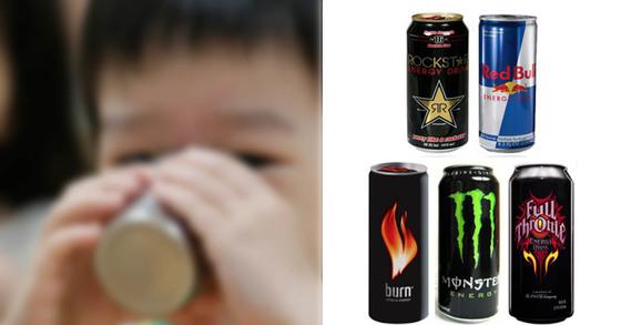 에너지 음료(우) (왼쪽 사진은 기사내용과 관계 없음.)[중앙포토]
