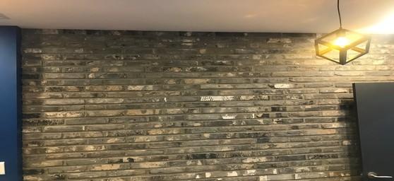 파벽돌과 줄눈 시공이 완성되었습니다. [사진 박영진]