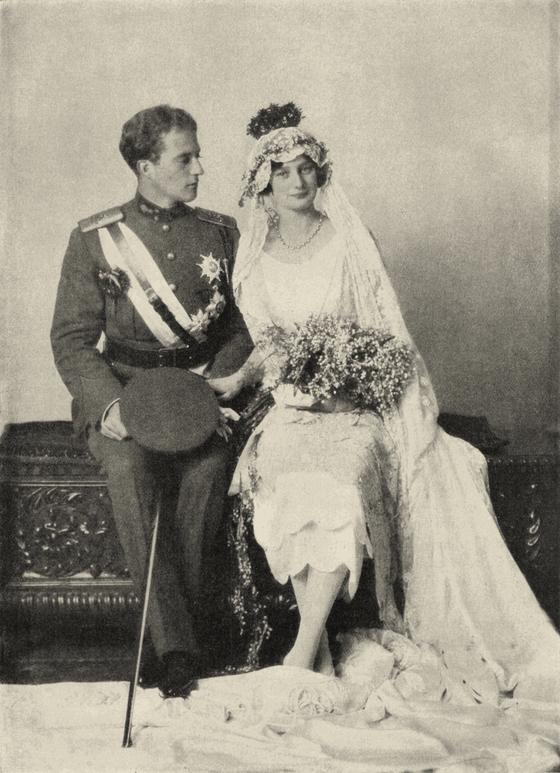 벨기에의 4번째 왕인 레오폴드 3세와 스웨덴 아스트리드 공주의 결혼사진. [위키피디아]