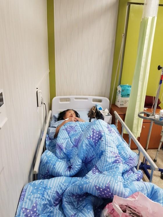 밀양 세종병원 화재에서 극적으로 탈출해 생존한 강서윤 씨가 밀양병원에 입원해있다. 이은지 기자