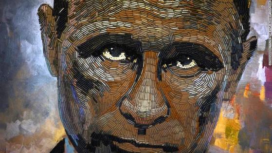블라드미르 푸틴 러시아 대통령을 '총알 탄피'로 묘사한 '전쟁의 얼굴'. [CNN 홈페이지 캡처]