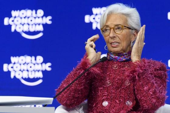 크리스틴 라가르드 국제통화기금(IMF) 총재가 26일(현지시간) 스위스 다보스에서 열린 세계경제포럼에 참석하고 있다. [다보스 EPA=연합뉴스]