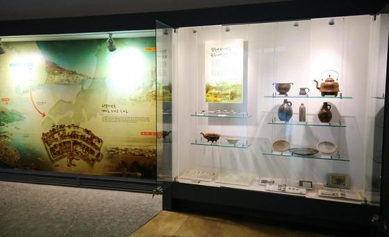 전남 강진 하멜기념관에 전시된 물품들. 하멜이 실제 썼던 물품들이 그의 고향 네덜란드 호르큼시 기증으로 전시돼 있다. 프리랜서 장정필