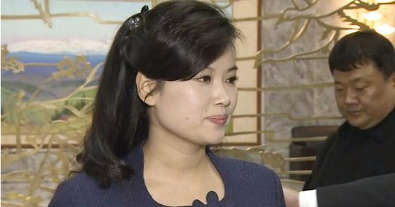 현송월은 모란봉악단으로 초대 단장으로 북한 선전 및 예술 분야에서 대표자로 인식되고 있다. [연합뉴스]