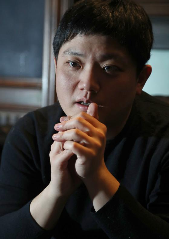 2008년 금강산에서 피격당해 숨진 고 박왕자씨의 외아들 방재정씨가 서울 여의도에서 중앙일보와 인터뷰 하고 있다. 최승식 기자