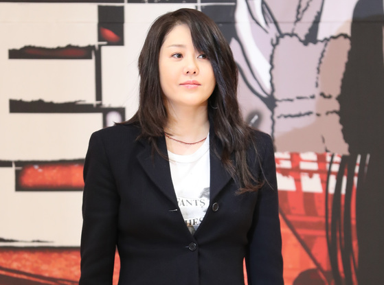 드라마 '리턴' 제작발표회에서 포즈를 취하고 있는 고현정. [연합뉴스]