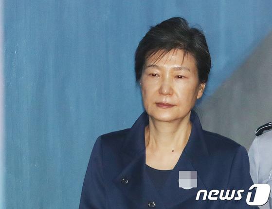 재판 중인 박근혜 전 대통령. [뉴스1 ]