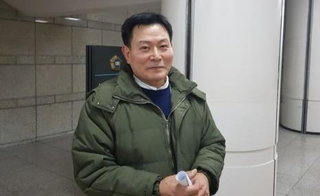 지난달 11일. 서울중앙지법 노종수(60)씨. 문현경 기자