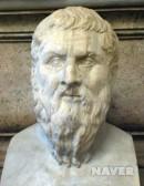 """서양 최고의 철학자. 화이트헤드는 """"플라톤 이후의 모든 철학은 그의 주석에 불과하다""""고 말했다. [네이버]"""