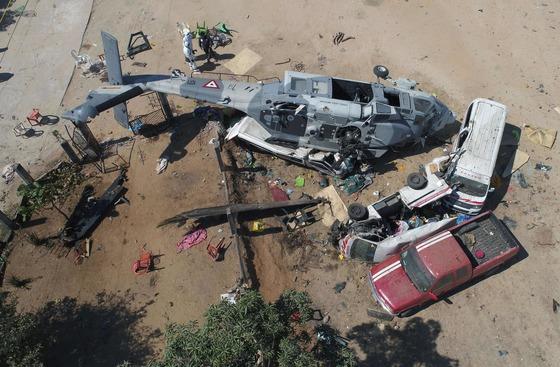 멕시코 강진 시찰 장관 헬기 추락