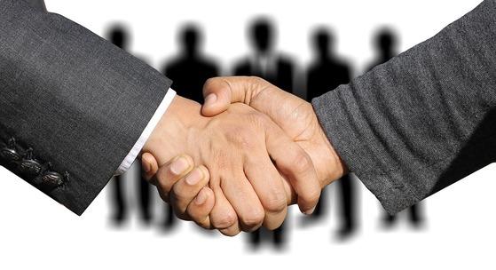 강한 목적의식과 구체적인 목표가 전제될 때 성공적인 협상이 가능하다. [사진 pixabay]