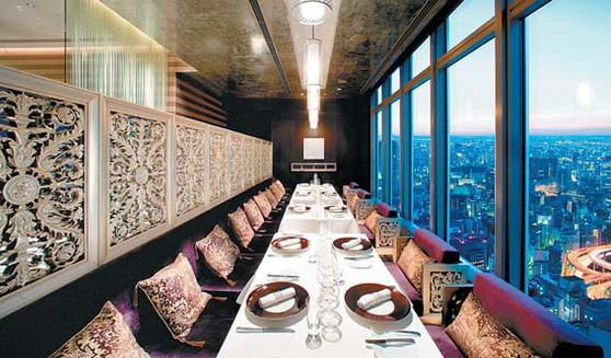 만다린 오리엔탈 호텔 그룹 내 14개 레스토랑이 미쉐린 가이드에 이름을 올렸 다. 사진은 만다린 오리엔탈 도쿄의 'Signature'. [사진 만다린 오리엔탈 호텔 그룹]