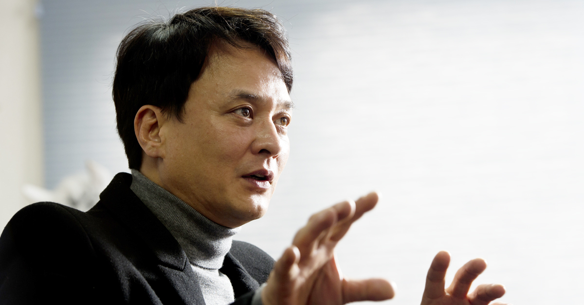 Jo Min-ki. Actor/Assistant Professor at Cheongju University's Department of Theater, Film and Music