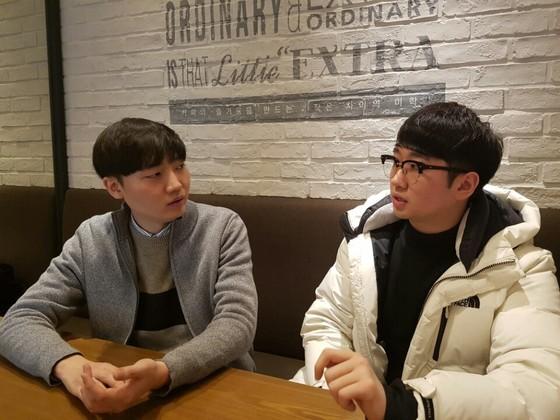 11일 강남역 인근의 한 카페에서 만난 김동은 크립토펙터 부회장(왼쪽)과 어경훈 크립토펙터 회장. 황병준 인턴기자