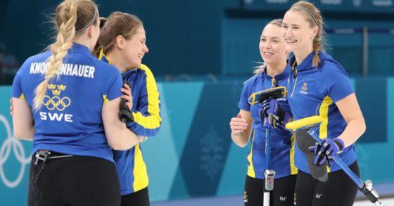 스웨덴 여자 컬링 대표팀. [사진 연합뉴스]