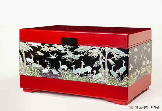 2018년 2월26일부터 3월30일까지 주헝가리 한국문화원 전시실에서 개최된 '나전과 옻칠, 그 천년의 빛' 전시 작품. [사진 한국황실문화갤러리]